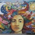 Gedeelte van de prachtige muurschildering 'Moeder Aarde'